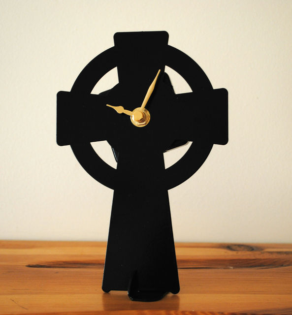 Celtic Cross Battery Operated Metal Clock