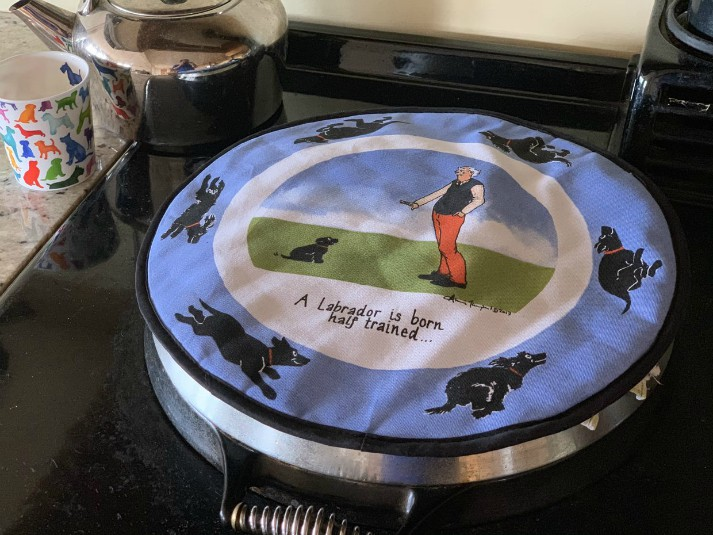 Labrador and Spaniel Round Hob Covers - Set of 2
